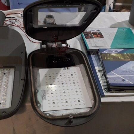 پروژکتور پر قدرت و کم مصرف LED بدون محدودیت توان